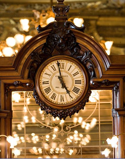 clock TB